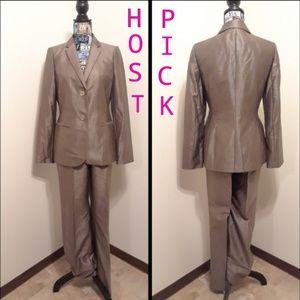 🎉HOST PICK 🎉Ladies Calvin Klein 2pc Pants Suit